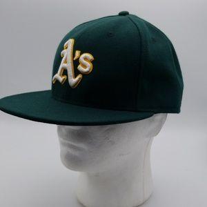 Oakland A's green baseball cap size 7 3/8 New Era